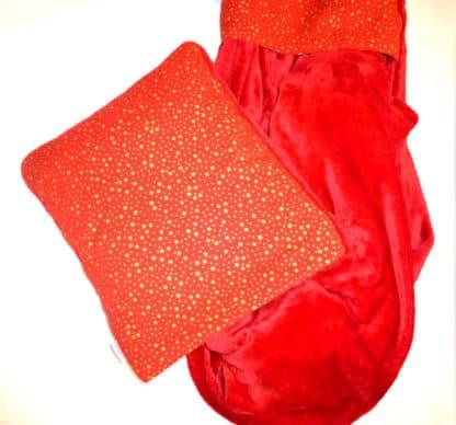 Coussin Plaid Rouge Etoiles Scintillantes Dorées